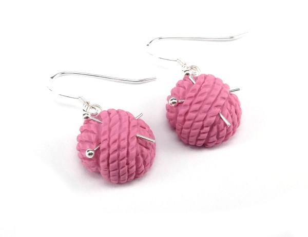 Garnnystan örhängen - rosa bild