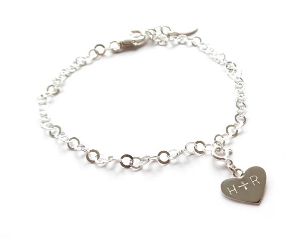 Namnsmycke hjärta silver 12mm med namn - armband bild
